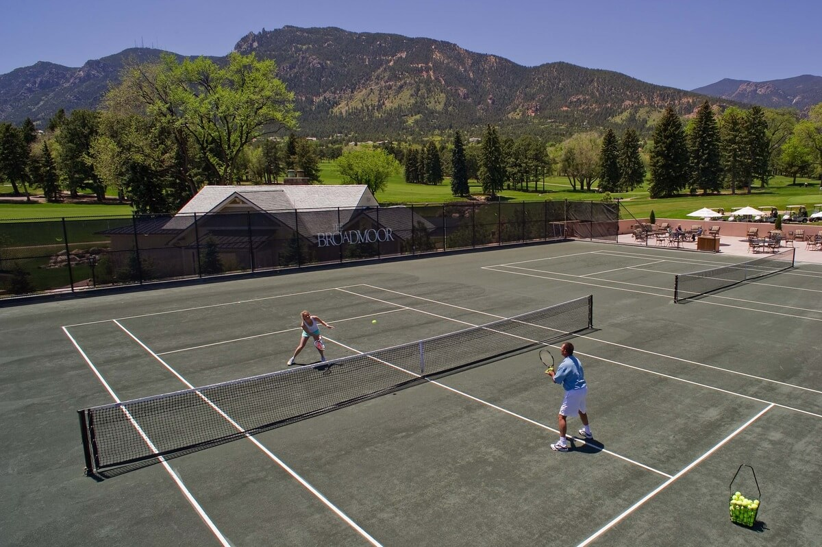 Broadmoor tennis courts
