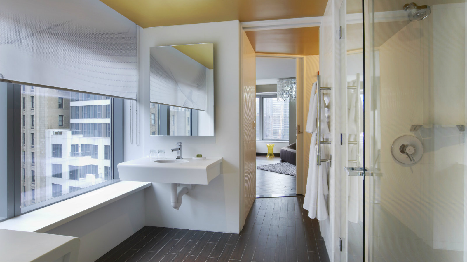 EWOW Suite Bathroom W NYC