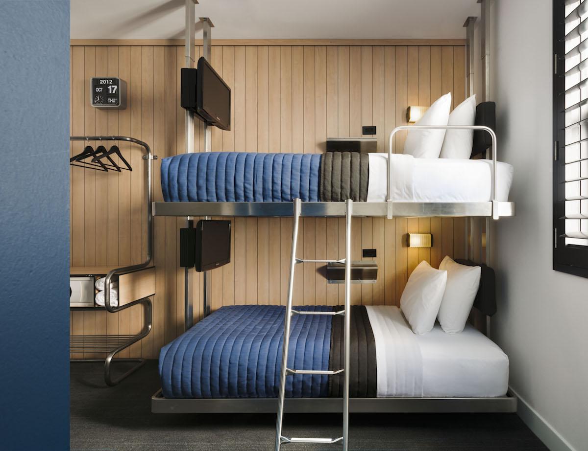 bunk beds pod 39