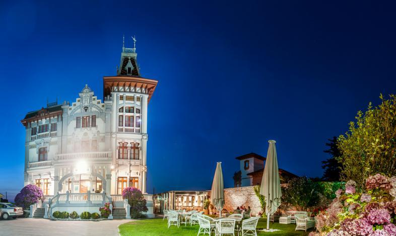 hoteles de playa en España villa rosario