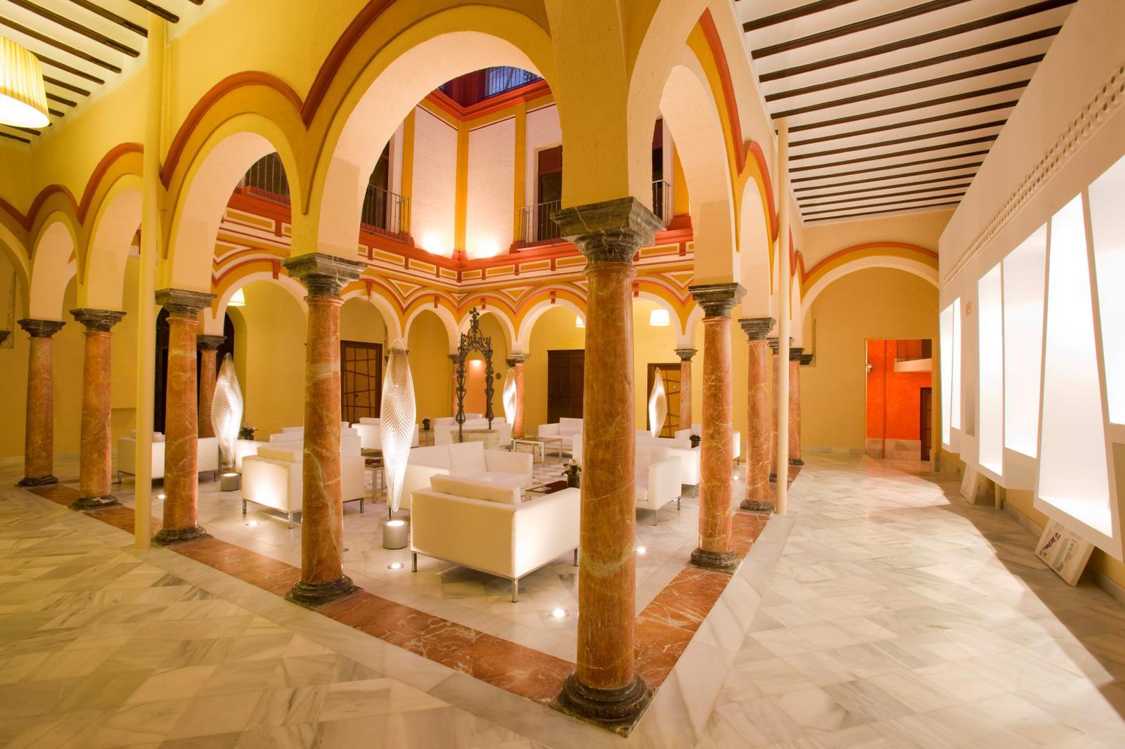 fiestas españolas interés turístico internacional abba_palacio (Large)