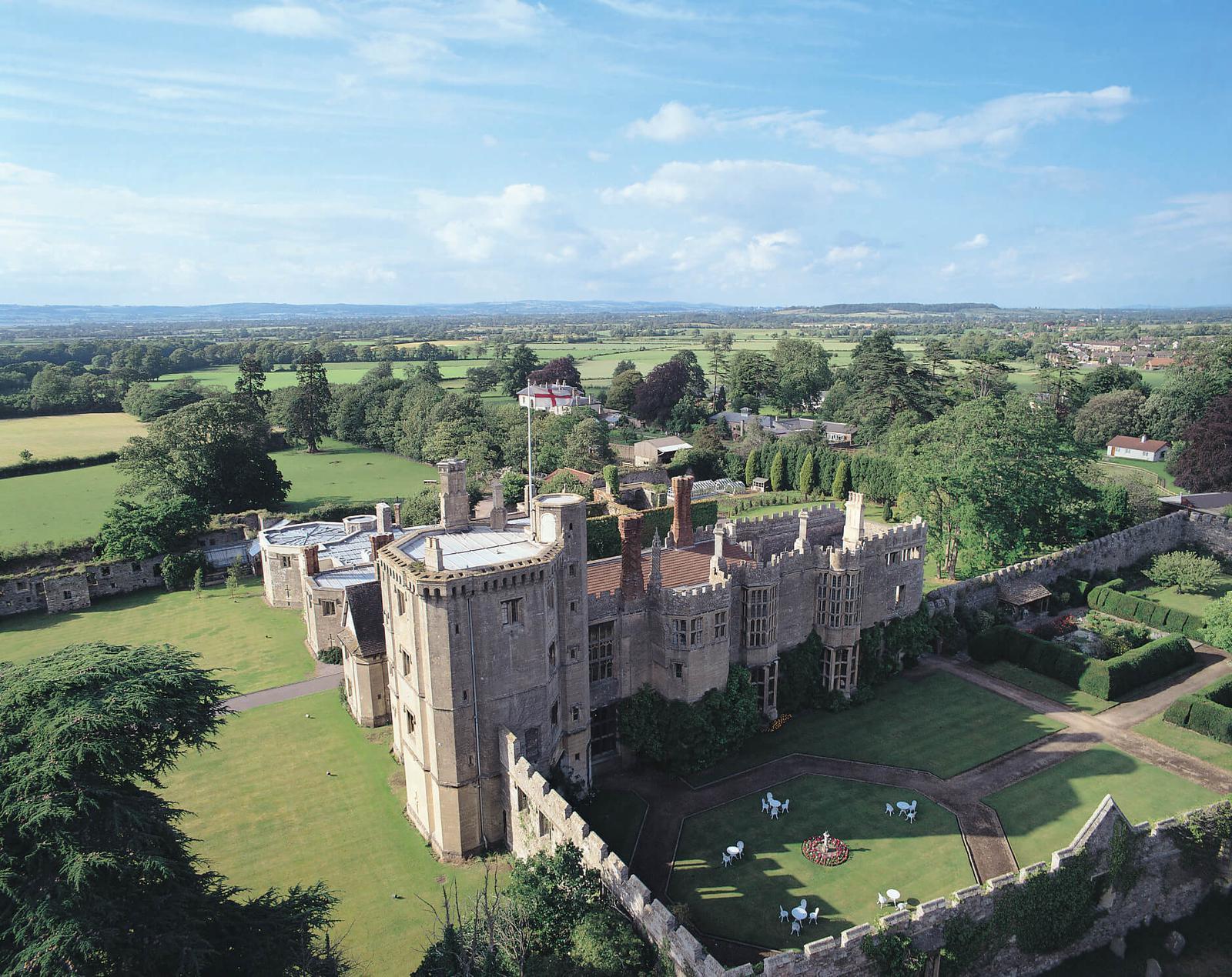hoteles castillo Thornsbury Castle