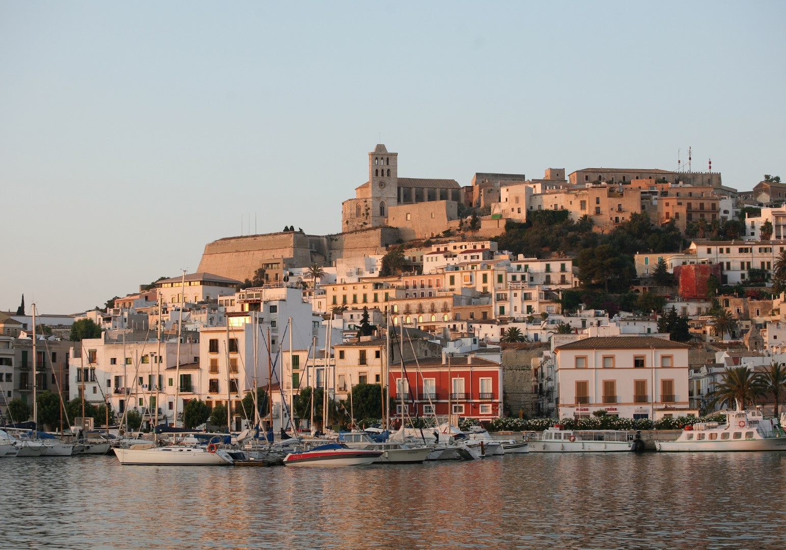 Los mejores 10 destinos para ir de fiesta del mundo Ibiza