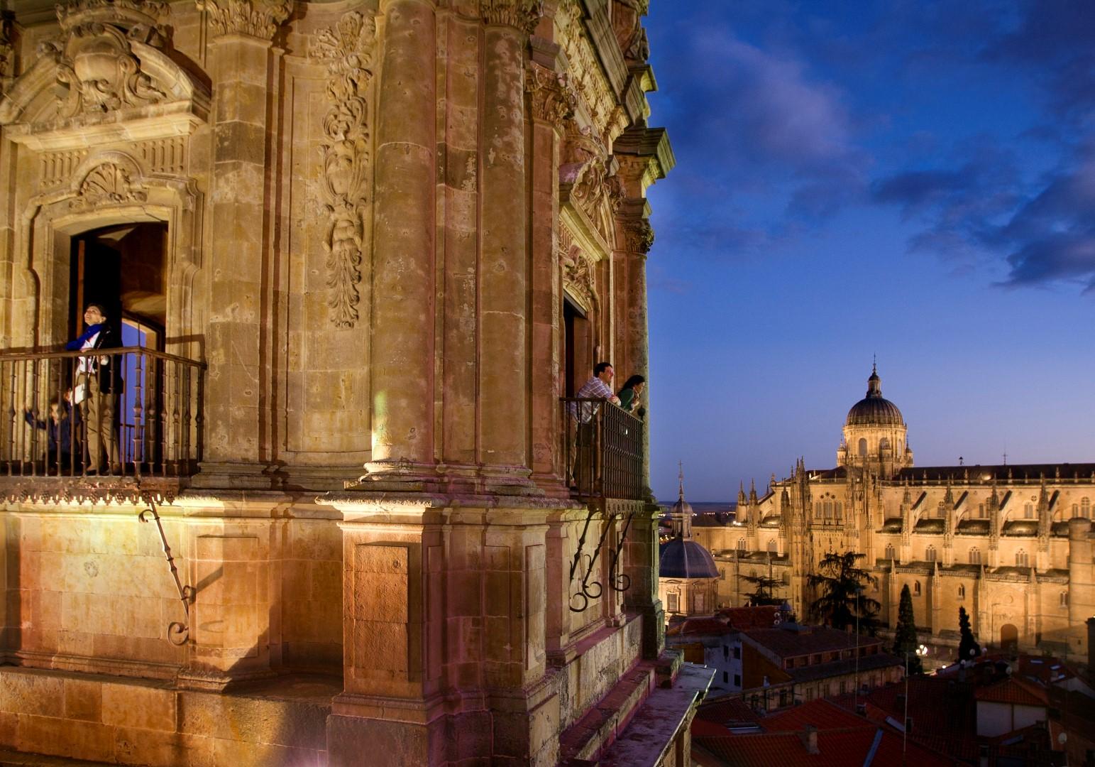 SALAMANCA-TorresClerecia-Catedral-Turismo-de-Salamanca