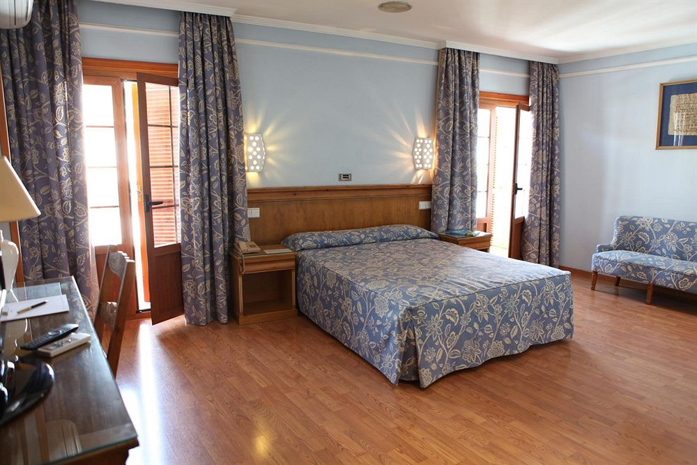 turismo industrial Hotel Doña Blanca