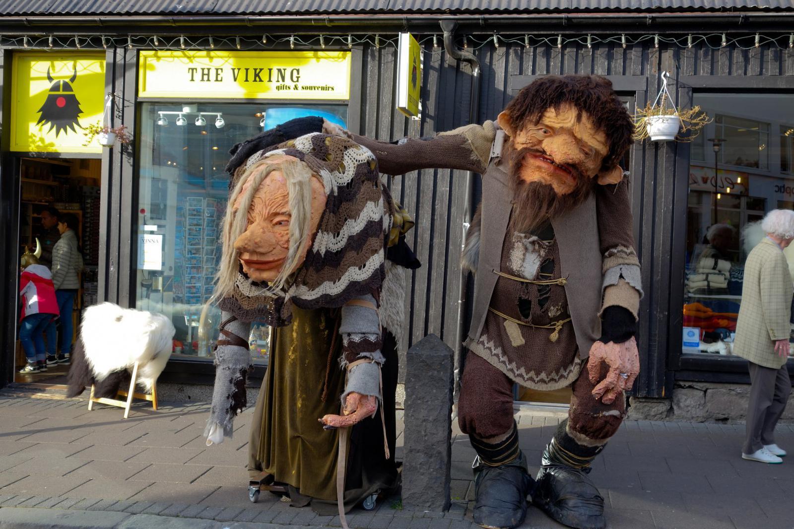 Iceland_trolls