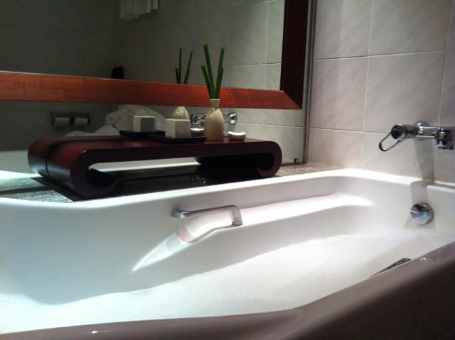 Después de un día ajetreado, un baño de burbujas en el Pullman G escapaz de reconstituir cuerpo y mente.