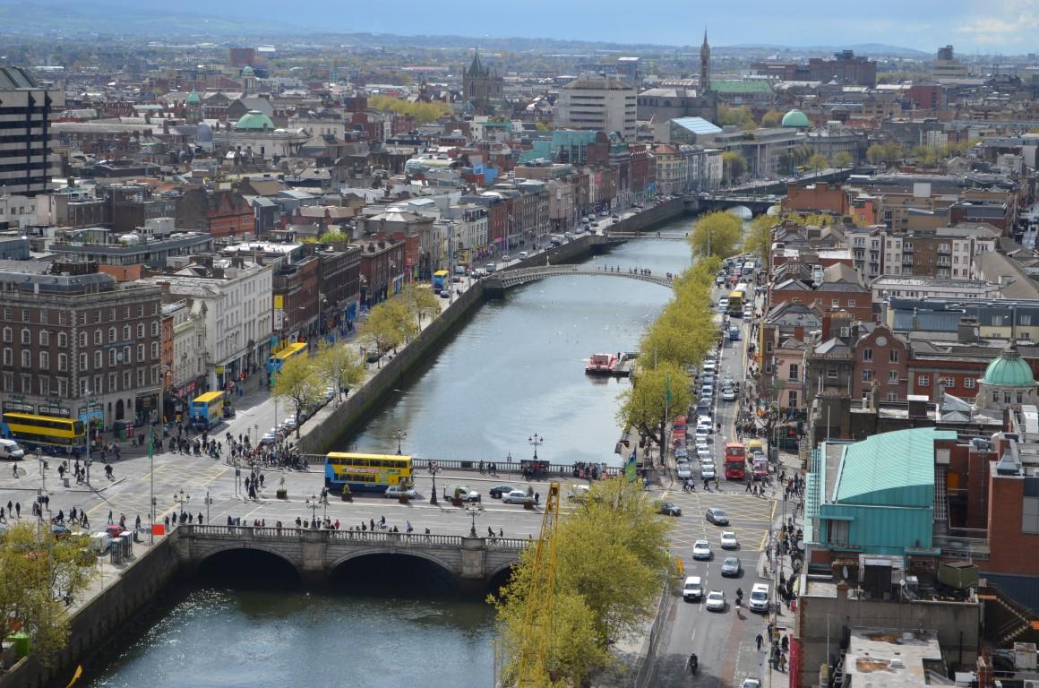 vuelta al mundo en 80 días Vista aérea de la ciudad de Dublín (Irlanda)