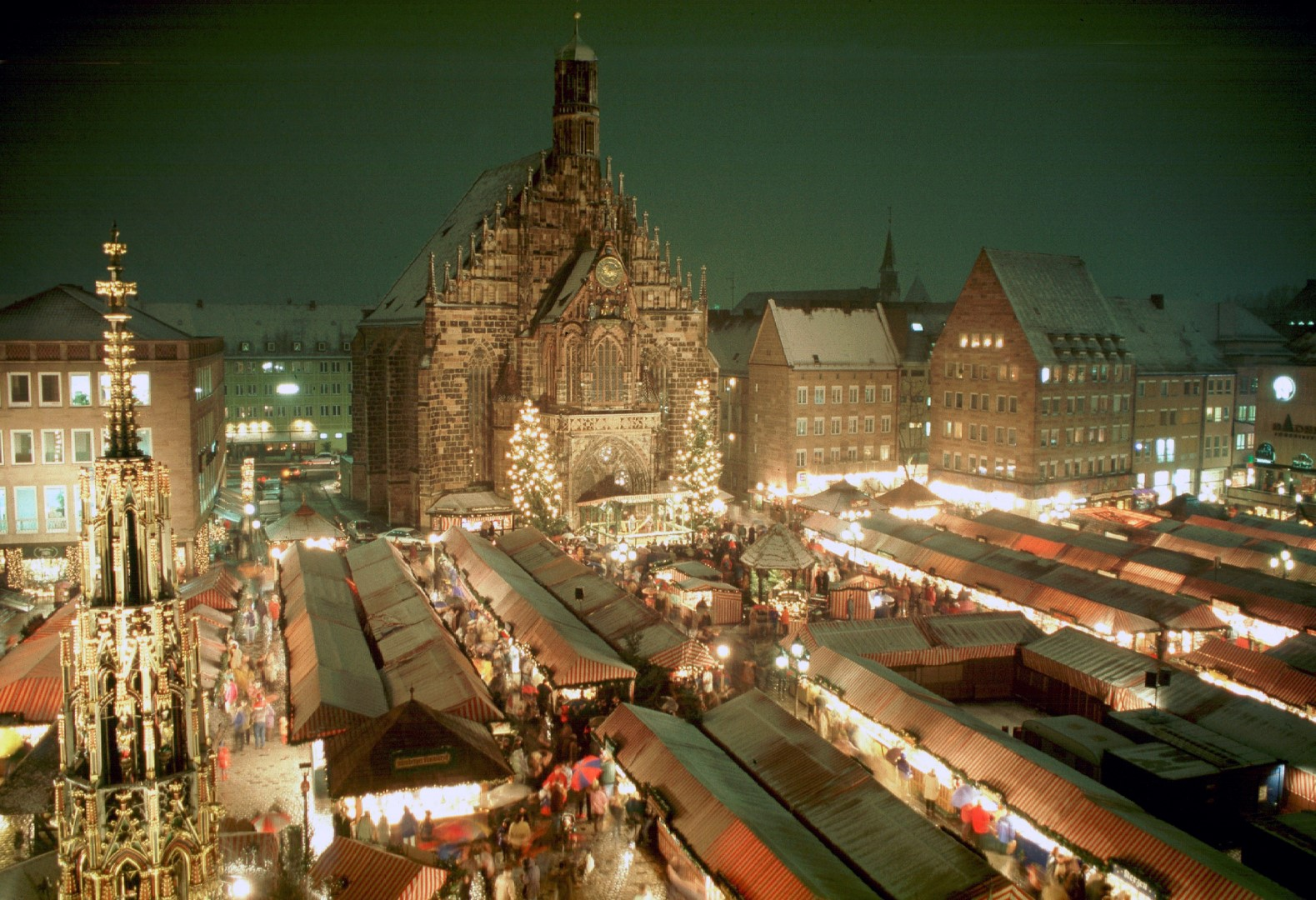 †mercadillos de navidad bersichtsbild vom NŸrnberger Christkindlesmarkt