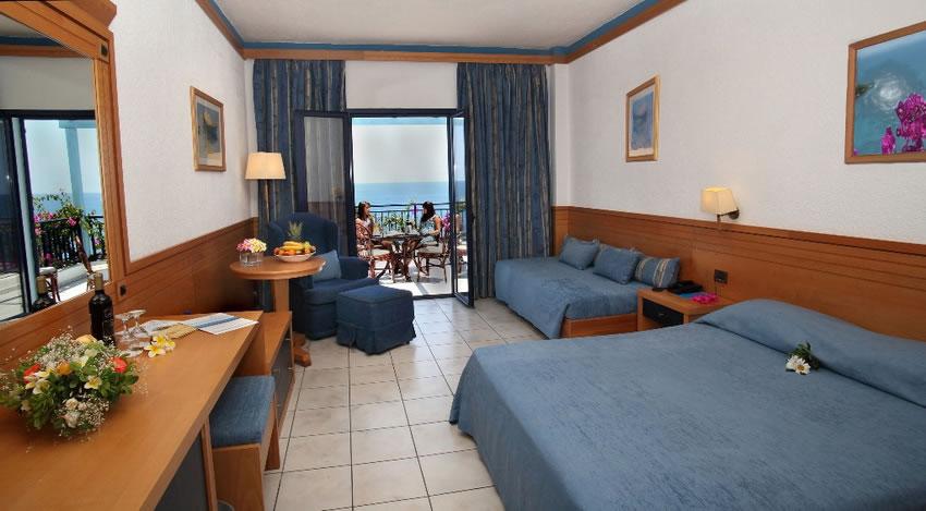 hoteles con playa privada Hotel Nana Beach