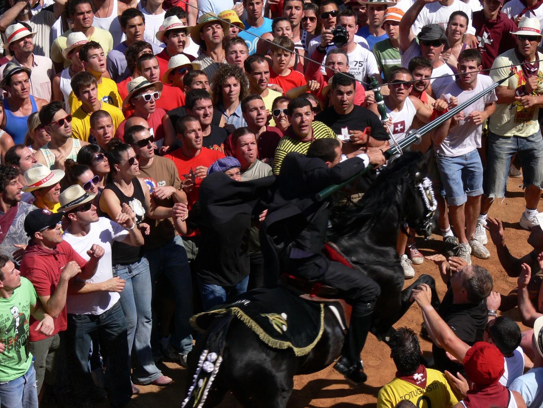 fiestas de San Juan en España san juan menorca