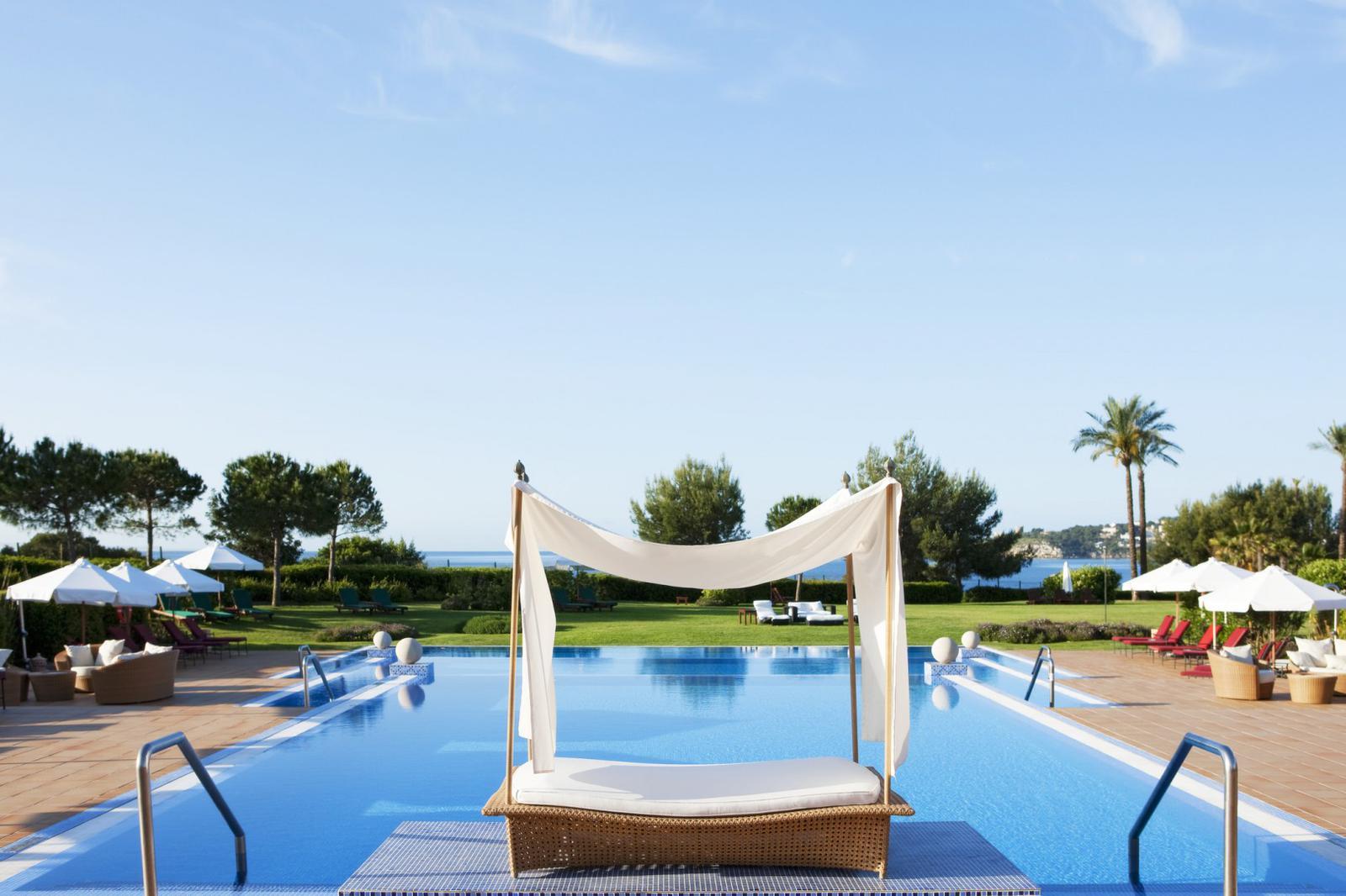 hoteles de playa hotel st. Regis Mardavall