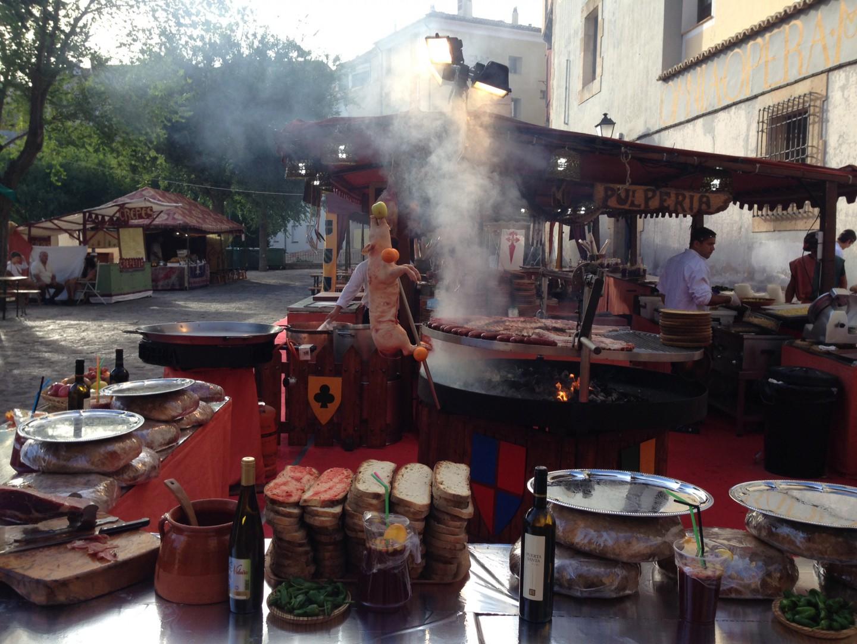 comida mercado medieval cuenca