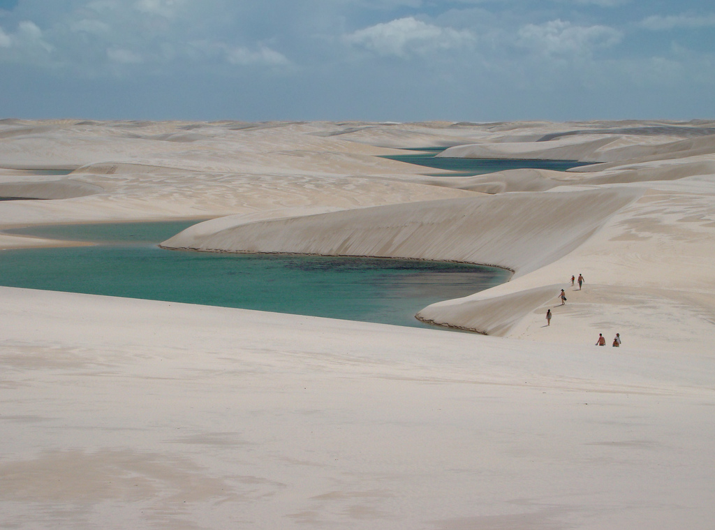 Lençóis-Maranhenses-Lagoa-Bonita-by-Fred-Schinke