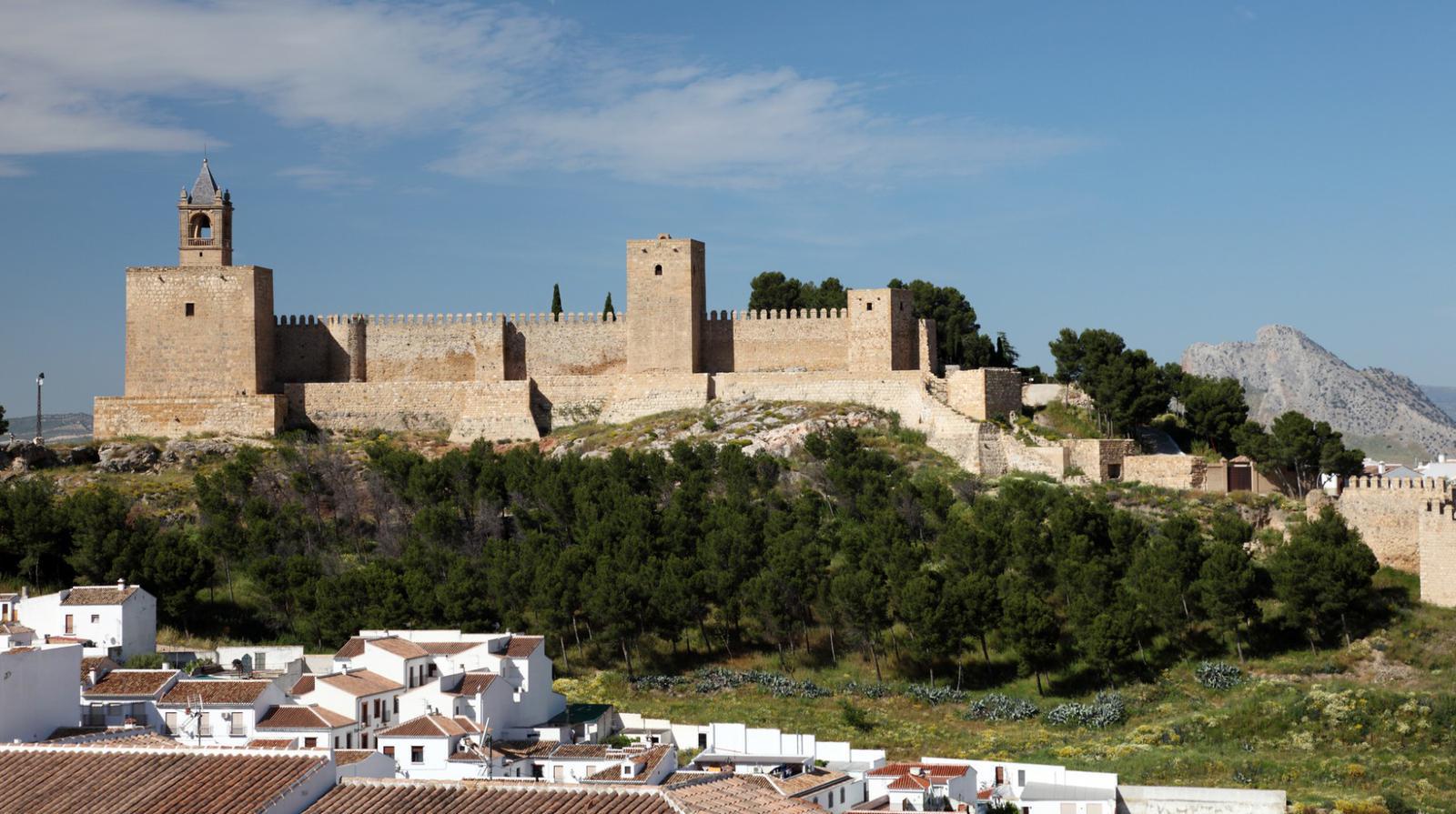 pueblos andaluces con encanto Moorish castle Alcazaba in Andalusian town Antequera, Spain