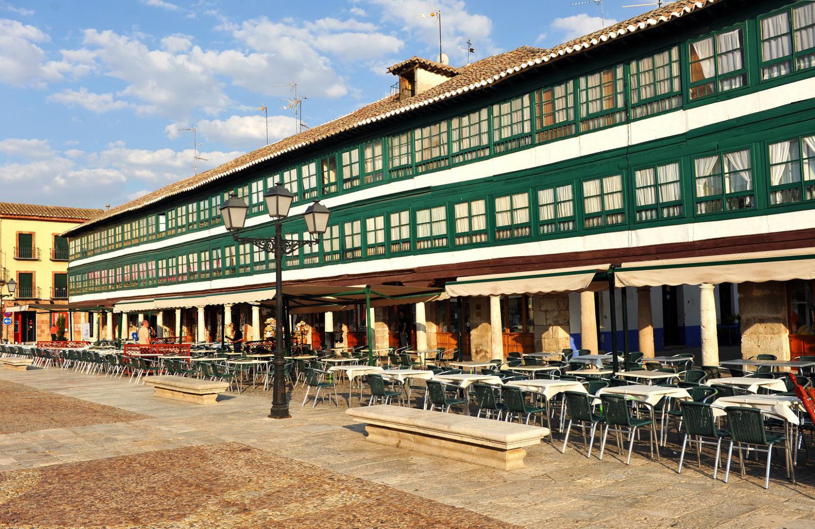 pueblos medievales Almagro, Plaza Mayor, Castilla la Mancha, España