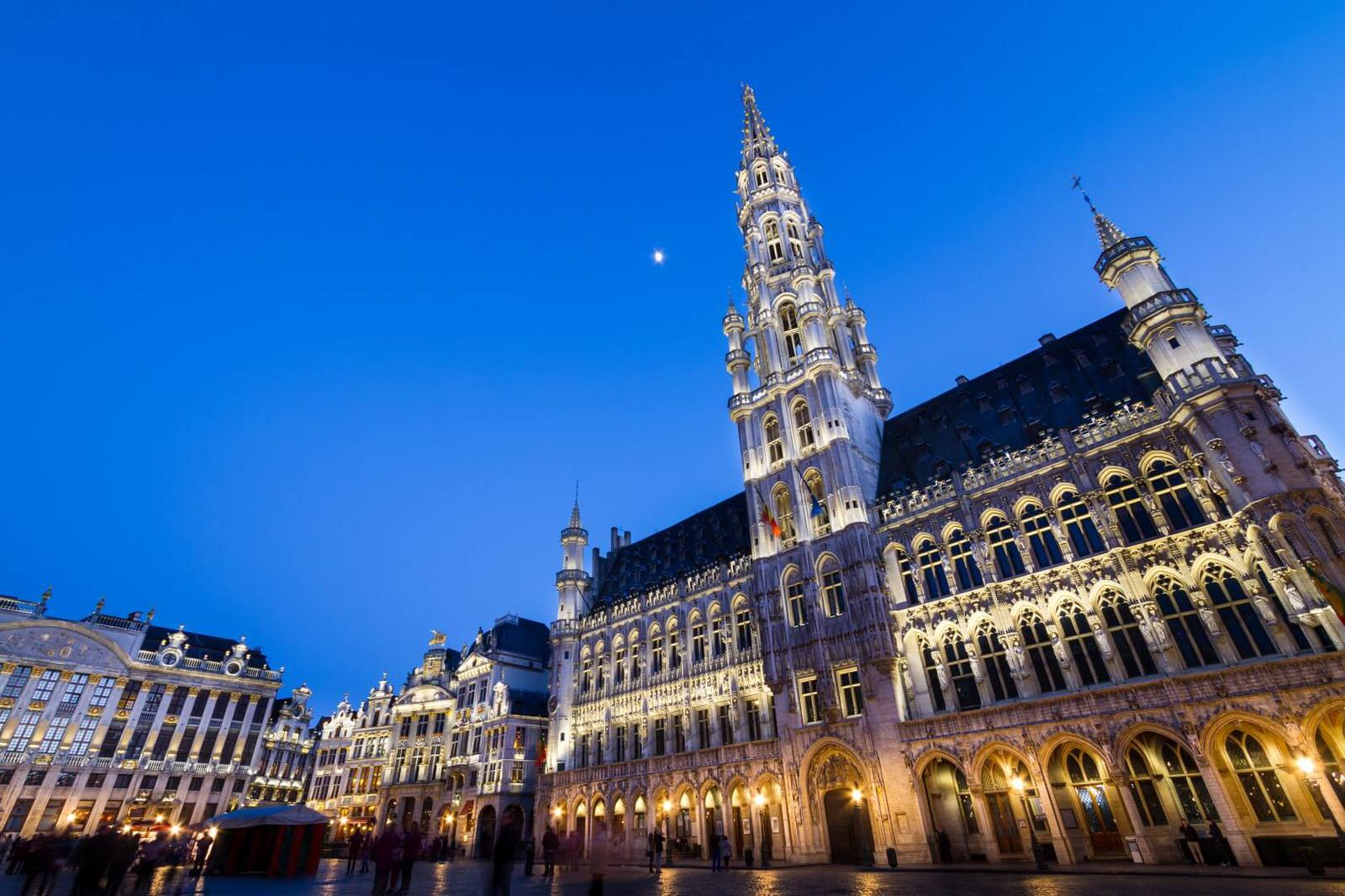 Belgium_Brussels_Town Hall_Fotolia3 (1)