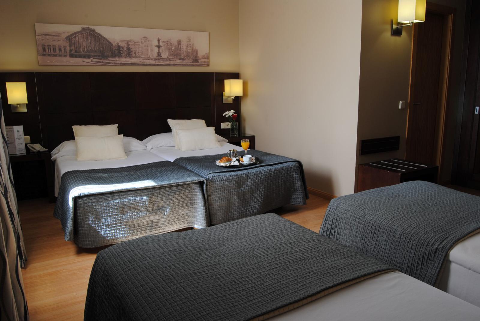 Habitación en hotel Ganivet en Madrid