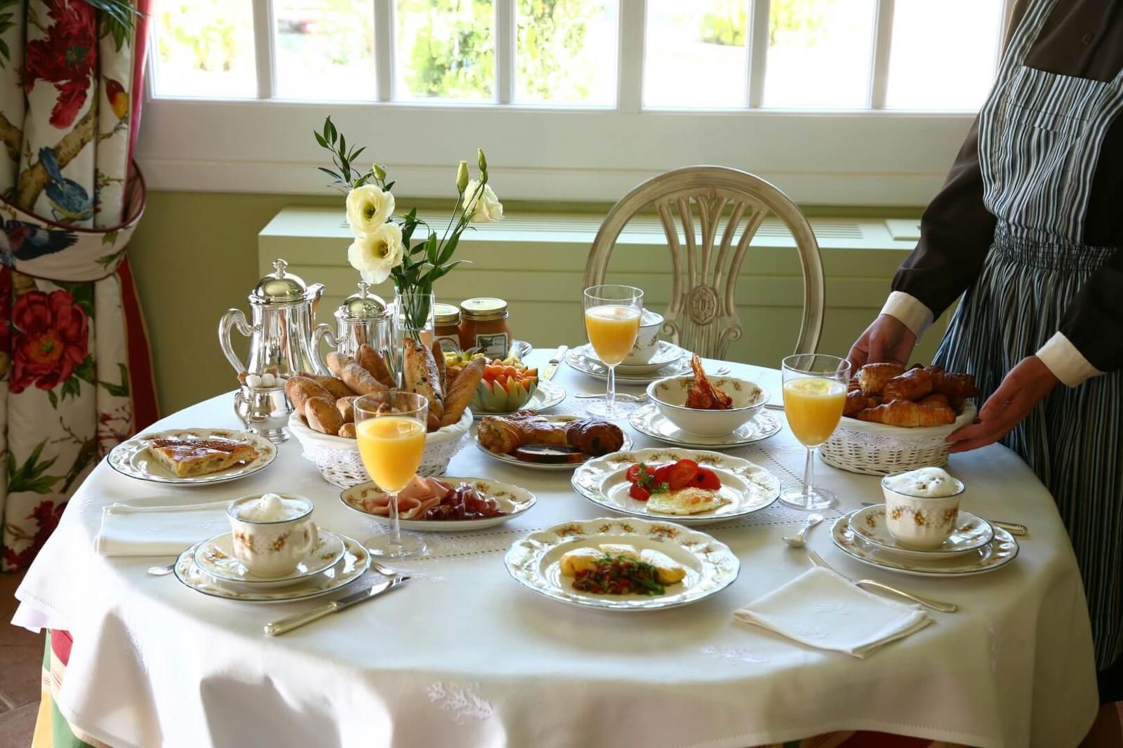 0365 Mesa desayuno
