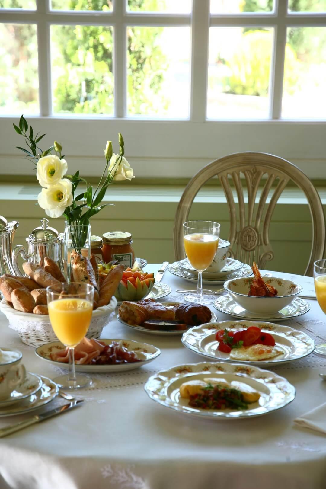 0366 Mesa desayuno 2
