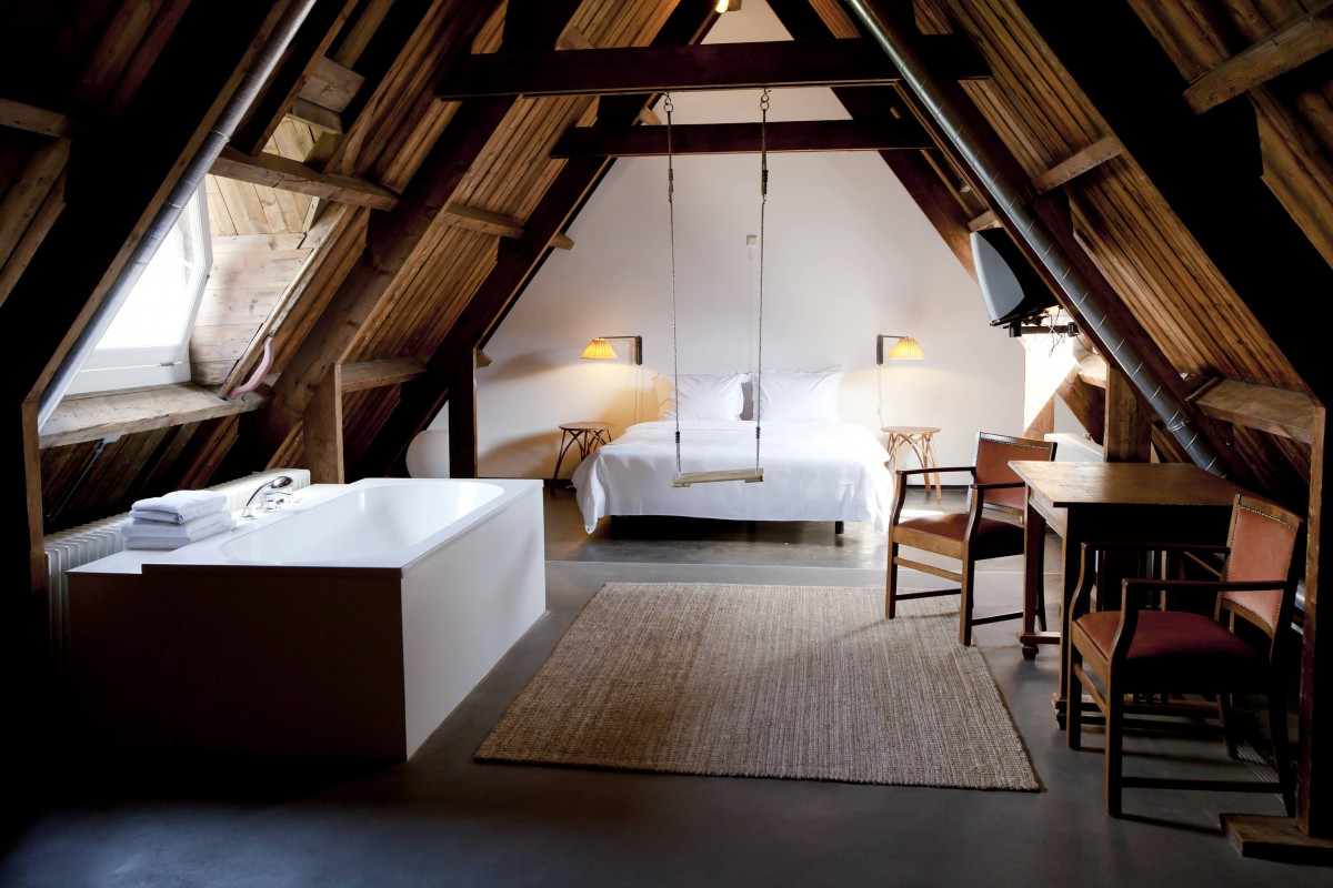 lloyd room