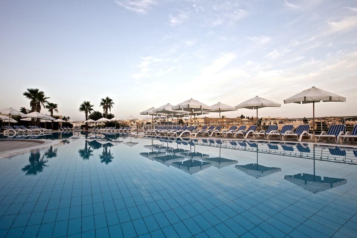 Beach hotels Malta