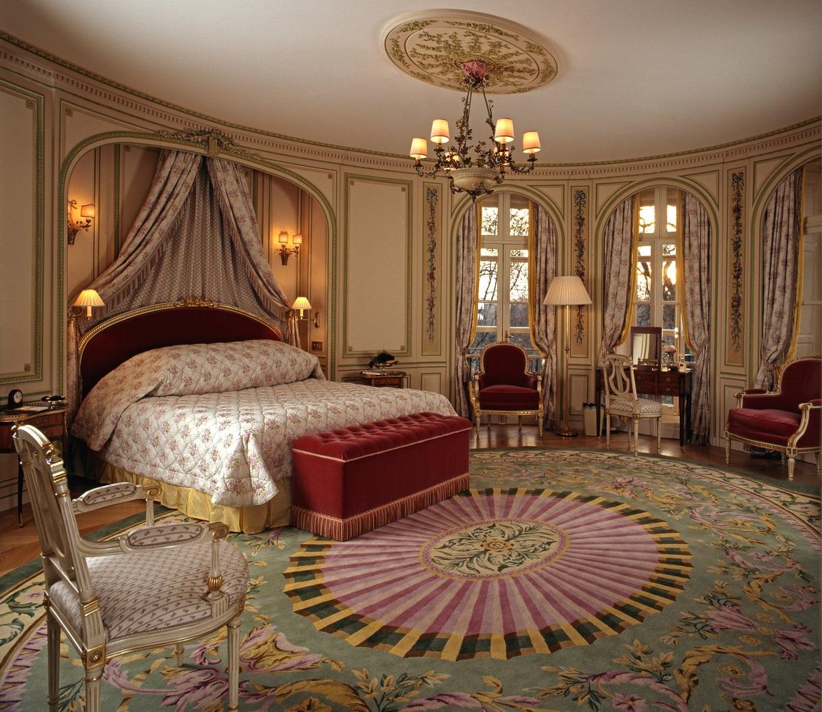 Hotels on Bond Street: The Ritz