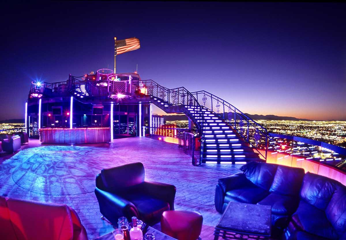 Bar no terraço do Rio All Suite, em Vegas