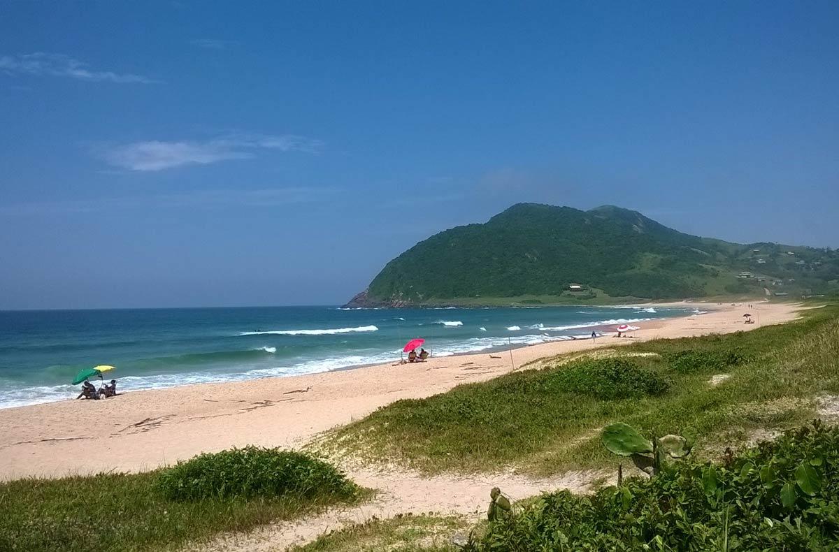 Praia do Silveira, em Garopaba, Santa Catarina