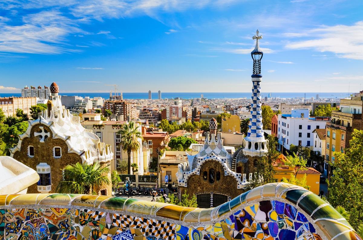 balayı şehirleri - Park Guell in Barcelona, Spain
