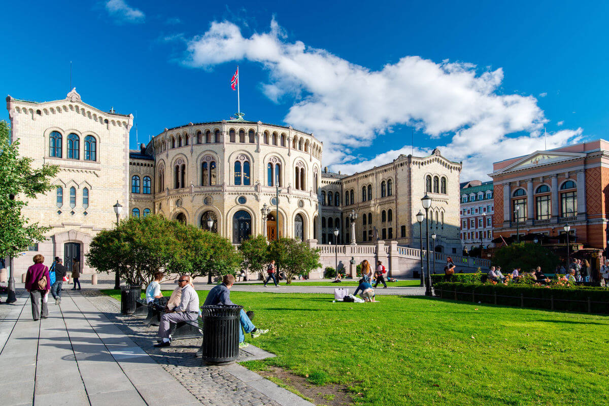 Oslo-Norsk-Parlament-Norge