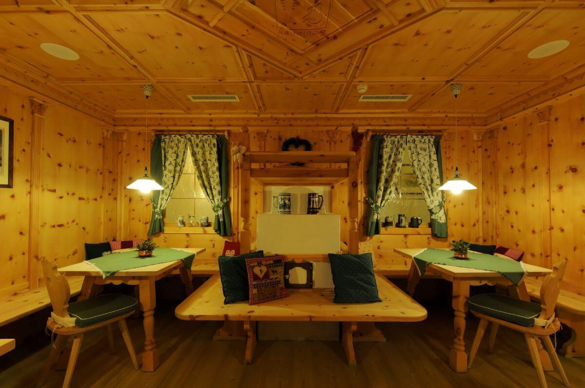 The family-fun ski hotel Chalet del Sogno.