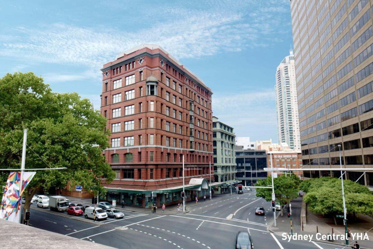 Budget hostel accommodation Central Sydney YHA