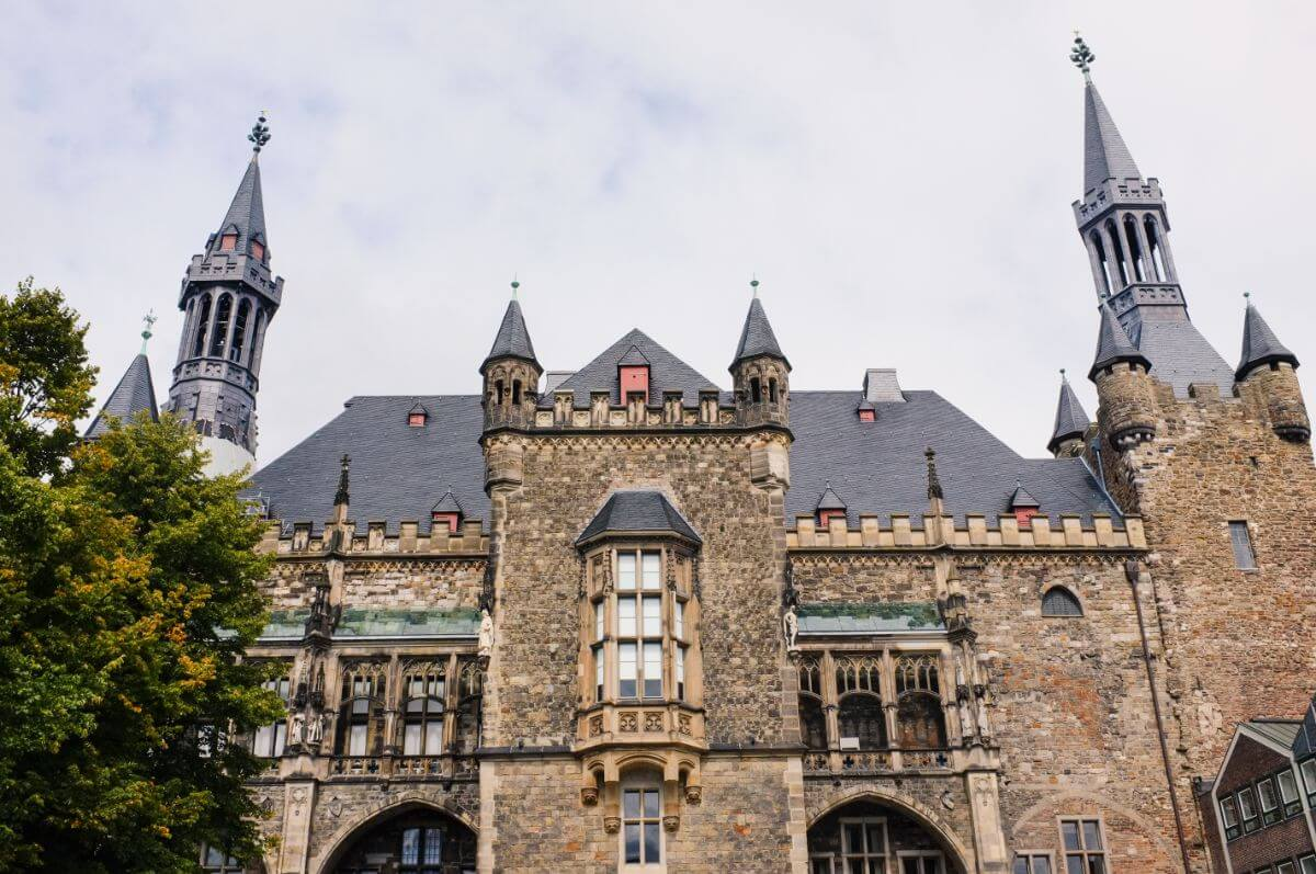 Aachen, the centre of the middle ages.