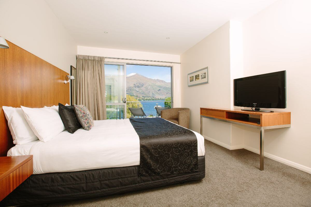 Lakeside Serviced Apartments - Top Hotel NZ - room