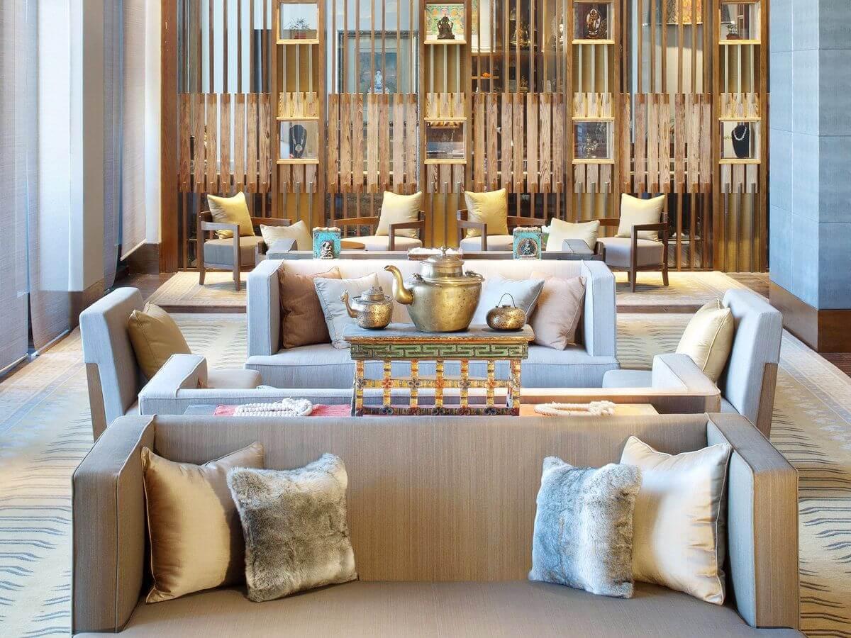 st regis lobby oriental hotel