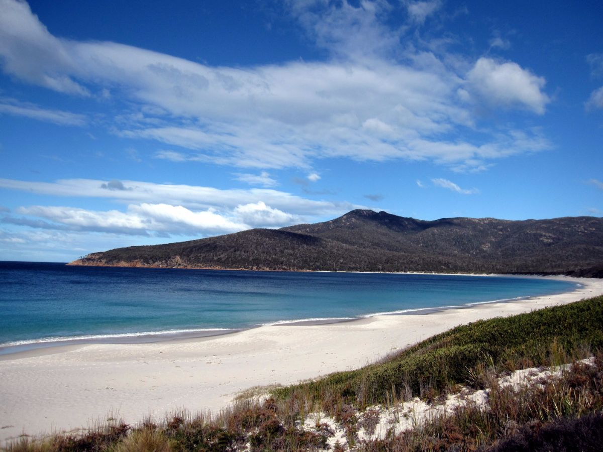 Wineglass Bay, Freycinet Circuit, Tasmania