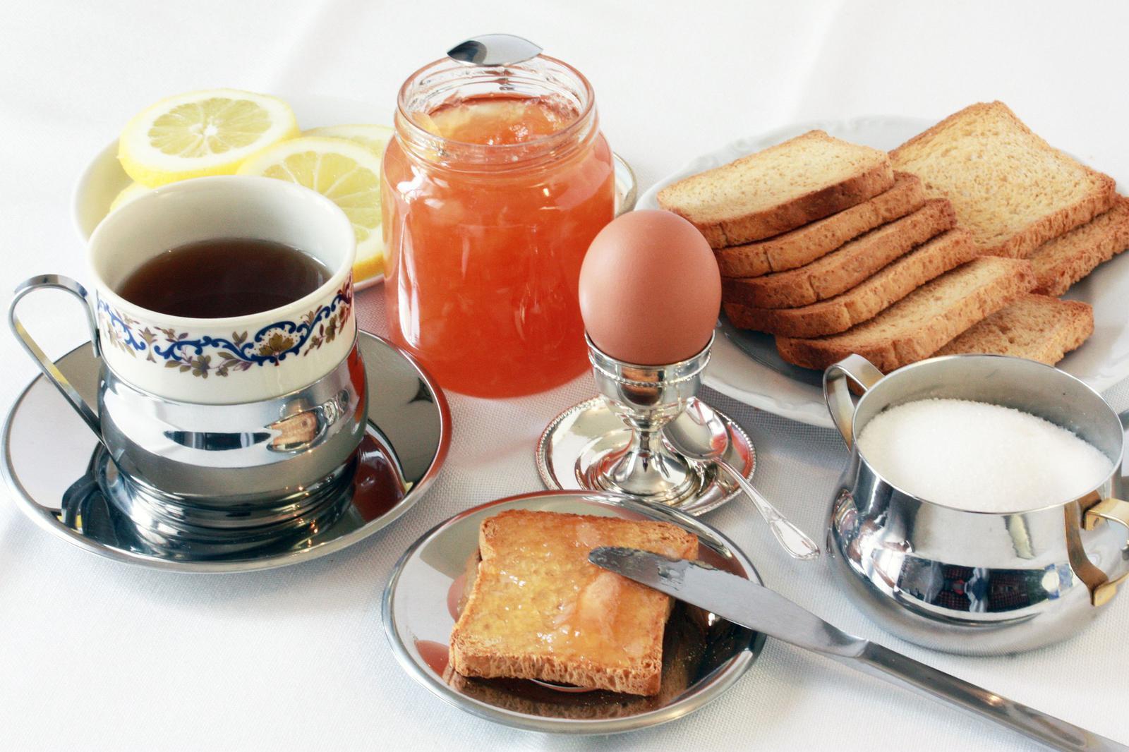 breakfast-532735_1920
