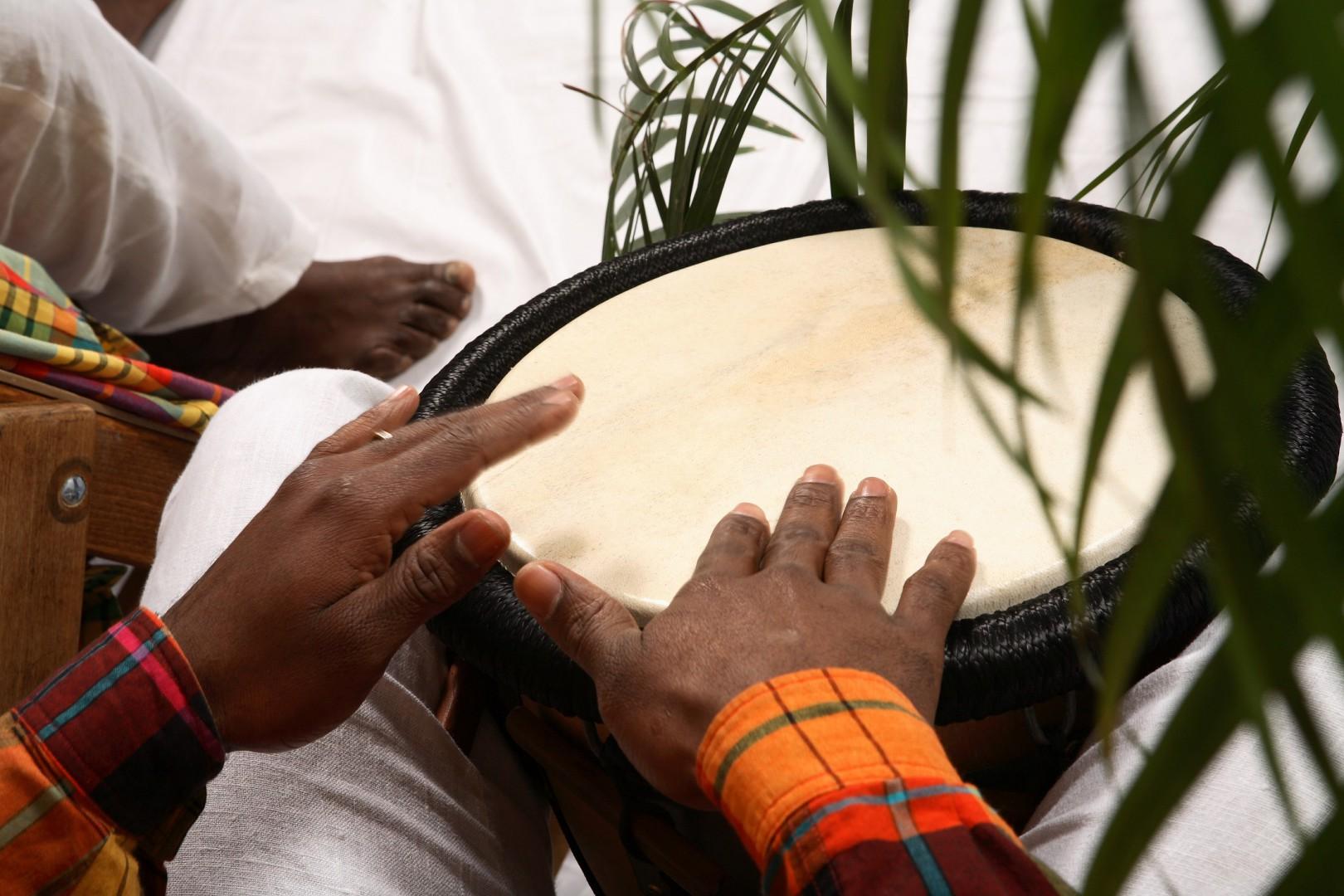 Le tambour bèlè, instrument caractéristique de la musique antillaise
