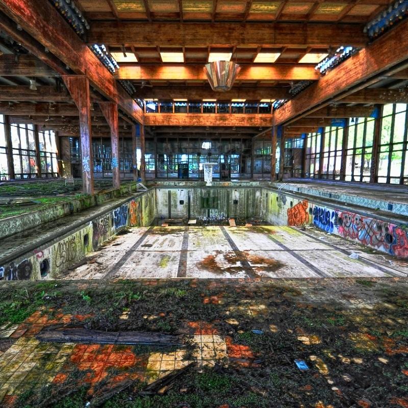 Piscine - Hôtel  abandonné Grossinger's Catskill Resort - Etats-Unis