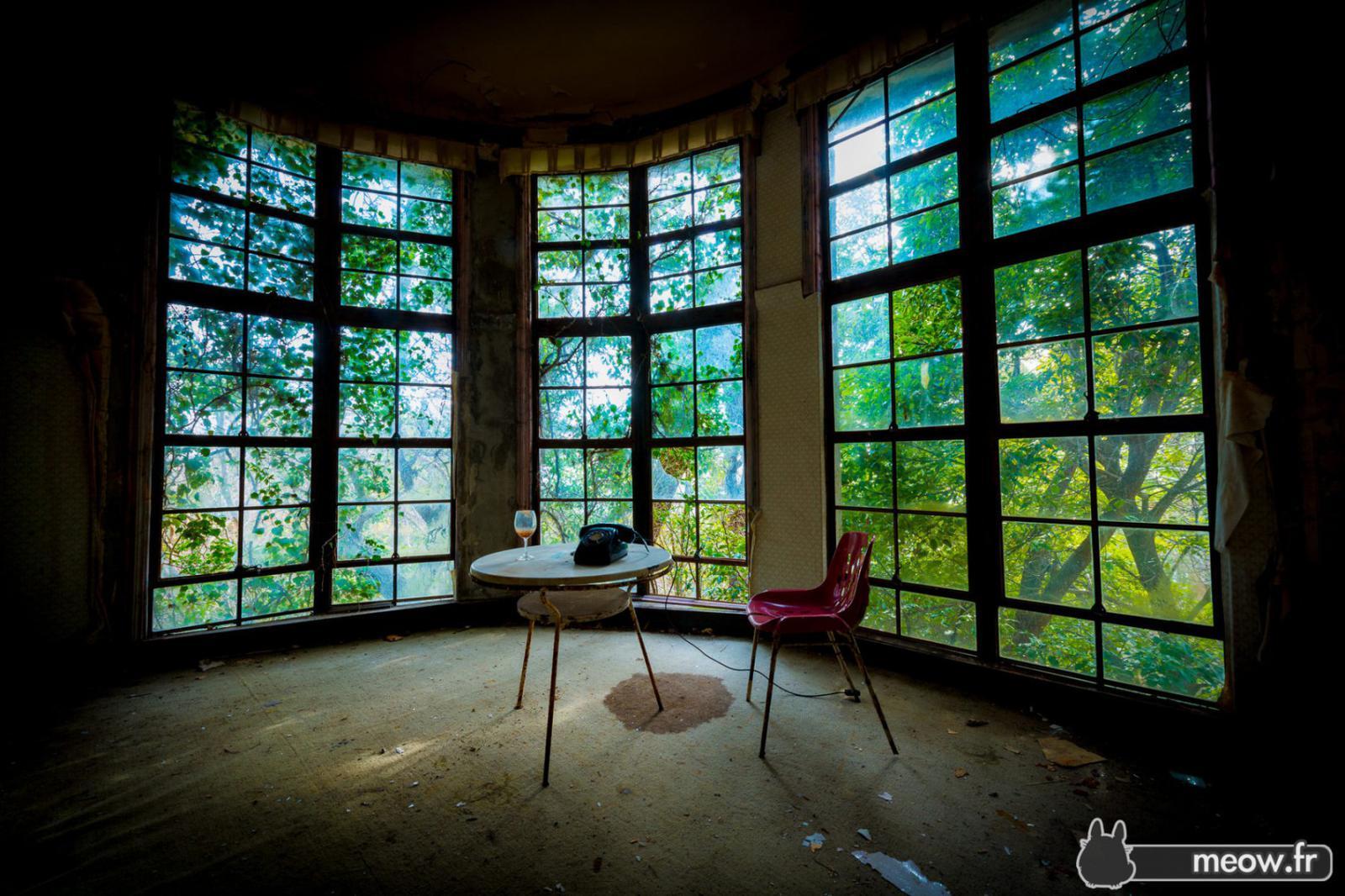 Chambre verte - Maya Hotel - hôtel abandonné - Kobe