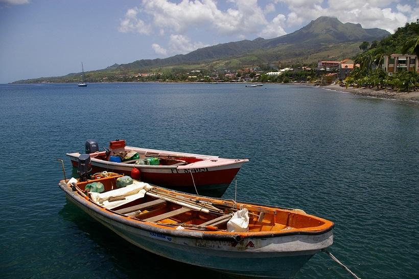 Bateaux de pêcheurs à l'Anse Turin - Saint-Pierre - Martinique
