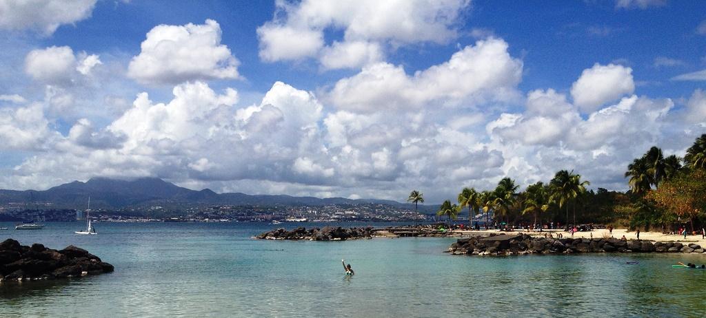 Baie de Fort-de-France depuis la plage de la Pointe du Bout - Trois-Ilets - Martinique