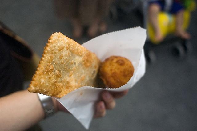 Pastel, friand frit - spécialité culinaire du Brésil