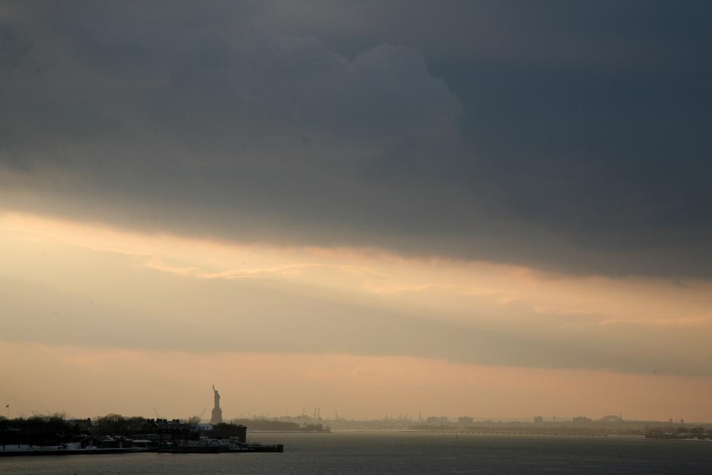 La Statue de la Liberté et le port - New-York