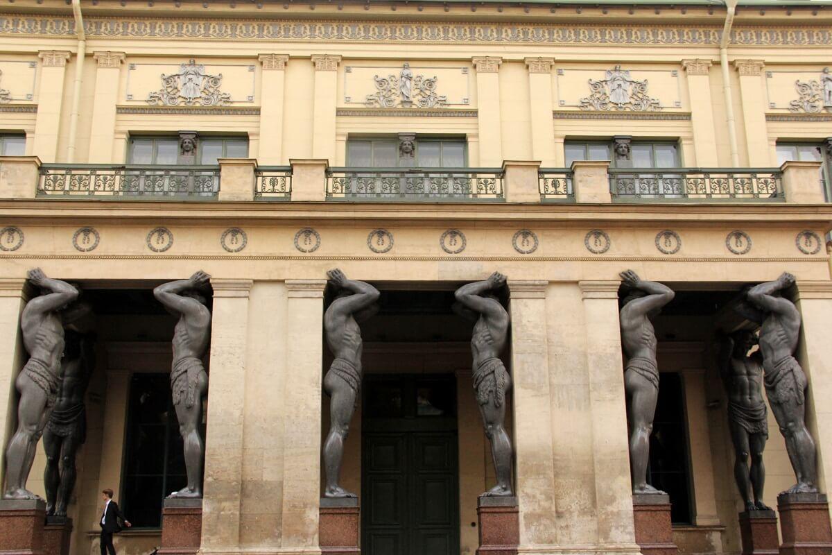 Entrée - Musée de l'Ermitage - Saint-Pétersbourg
