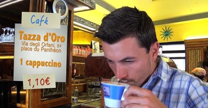 Café à Tazza d'Oro à Rome