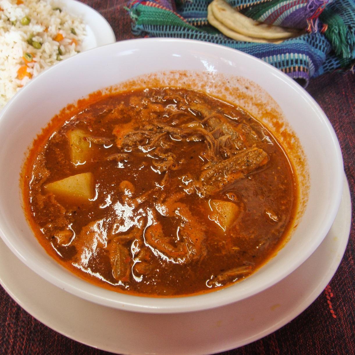 hilachas - riz - tortillas