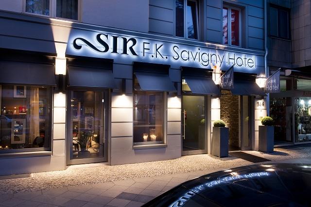Facade du Sir F.K. Savigny