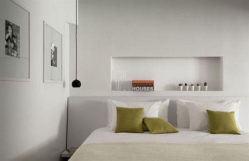 Tête de lit de la chambre Deluxe du Bab Hotel
